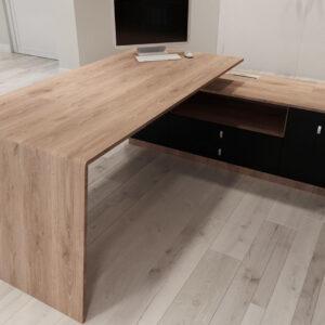 Vog-desk5